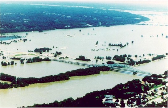 mississippi river flood of 1993. of the Great Flood of 1993
