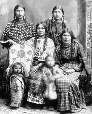 Shoshone women and children