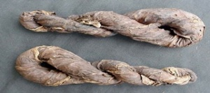 Dried tobacco twists
